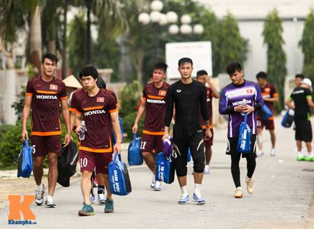 """U23 Viet Nam: Cong Phuong """"toa sang"""" buoi tap dau - Anh 2"""