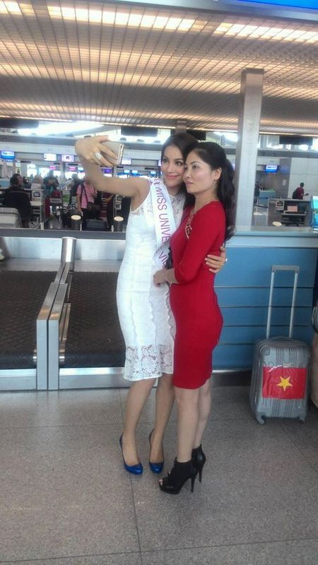 Ho Ngoc Ha chuc Pham Huong may man tai HHHV 2015 - Anh 4