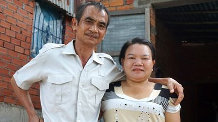 Huynh Van Nen va an oan kep- Ky II : Khi bi cao khoc truoc toa - Anh 4
