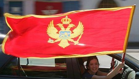 NATO ket nap thanh vien moi trong luc 'cang nhu day dan' - Anh 1