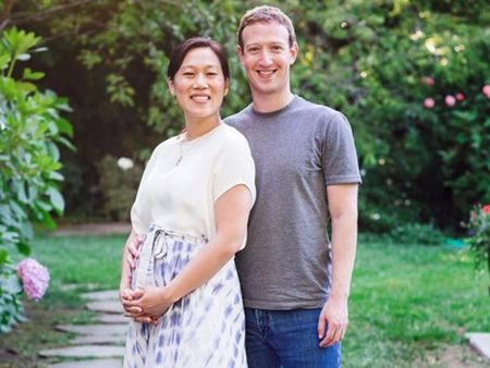 Len chuc… bo, ong chu Facebook hien khoang 45 ty USD cho tu thien - Anh 1