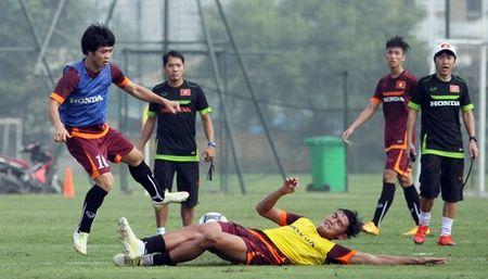HLV Miura tu choi nhan xet ve 7 cau thu HAGL trong doi U23 Viet Nam - Anh 1