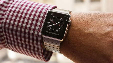 Apple se ban duoc 12 trieu chiec Apple Watch trong 2015? - Anh 1