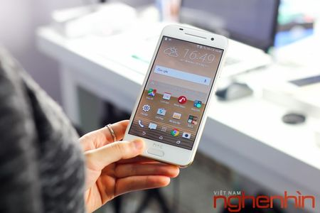 Mo hop HTC One A9 phien ban vang topaz - Anh 1