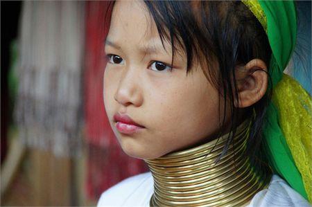 Kham pha bo toc ky la: phu nu co cang dai cang dep! - Anh 3