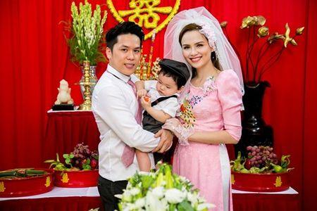 Vi sao cha me Hoa hau Diem Huong khong du dam cuoi con gai? - Anh 2