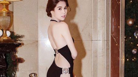 """Ngoc Trinh """"thoat"""" an phat, Oanh Yen khong chiu nop phat khi thi hoa hau """"chui"""" - Anh 1"""