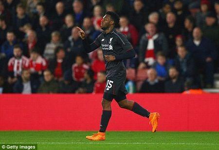 Southampton 1-6 Liverpool: Origi lap hat-trick dua The Kop bay vao ban ket cup Lien doan Anh - Anh 3