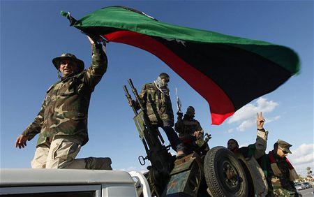 3000 chien binh IS xay dung 'vung an toan' tai Libya - Anh 2