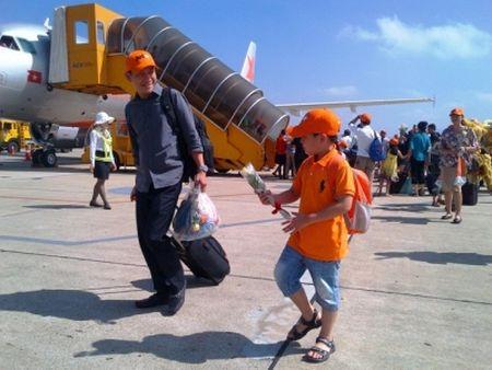 Jetstar Pacific ban 4.000 ve may bay gia 12 nghin vao ngay 4-12 - Anh 1