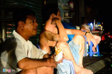 Canh man troi chieu dat sau vu chay lon o Sai Gon - Anh 3