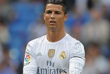 Phai chang the gioi dang chong lai Ronaldo? - Anh 2