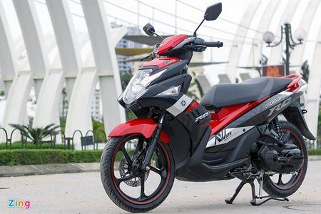 Honda Air Blade va Yamaha Nouvo: Cuoc chien khong hoi ket - Anh 1