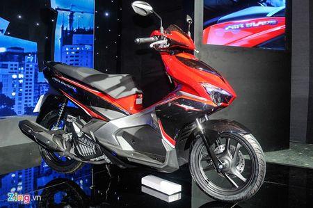 Honda Air Blade va Yamaha Nouvo: Cuoc chien khong hoi ket - Anh 2