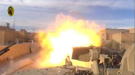 """Hang khung"" cua Iraq ban tanh tanh can cu IS o Ramadi (Video) - Anh 1"