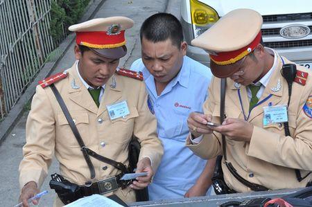 """""""Dot nhap"""" Trung tam phat """"nguoi"""" - Anh 8"""