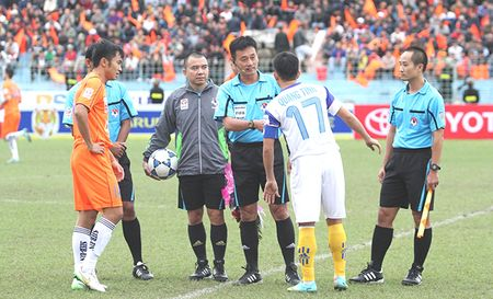 Cho 'diem sang' trong tai V-League 2016 - Anh 1