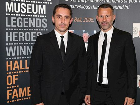 Gary Neville CHINH THUC duoc bo nhiem lam HLV truong Valencia! - Anh 2