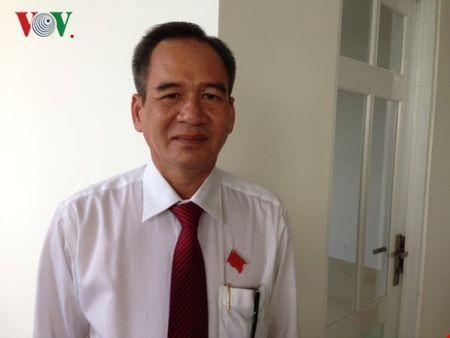 Ong Lu Van Hung duoc bau lam Chu tich tinh Hau Giang - Anh 1