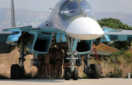 """Su- 34 Nga san sang dap tra cac cu """"dam sau lung"""" - Anh 1"""