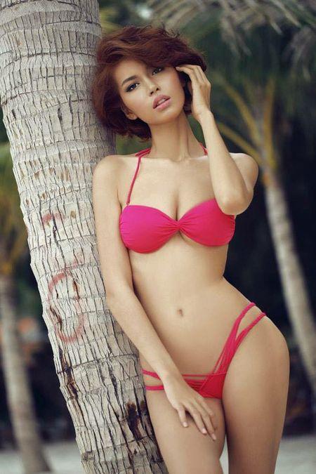 4 than hinh 'dong ho cat' dat gia cua showbiz Viet - Anh 18