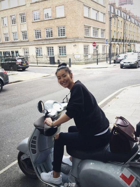 Ngam Street Style cua thien than Victoria's Secret chau A-Liu Wen - Anh 3
