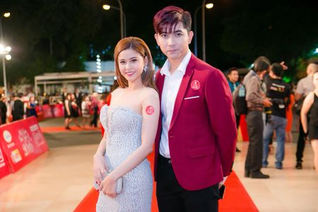 Truong Quynh Anh he lo ly do khien co phai om con bo nha di - Anh 2