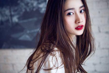 'Hot girl tra sua' ban Viet khien pho nhay phat cau - Anh 1