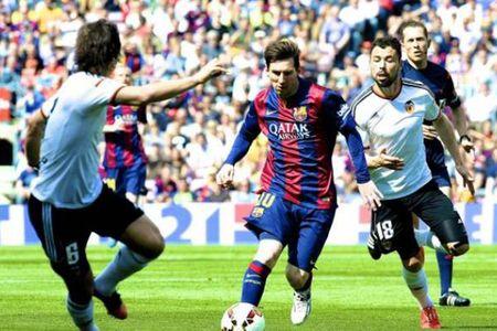Barcelona vs Valencia, 03h00 ngay 04/02: Buoc chan nguoi khong lo - Anh 1