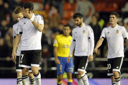 Barcelona vs Valencia, 03h00 ngay 04/02: Buoc chan nguoi khong lo - Anh 4
