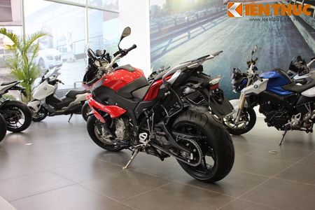 Can canh BMW S1000XR adventure chinh hang tai Viet Nam - Anh 10