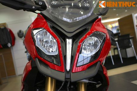 Can canh BMW S1000XR adventure chinh hang tai Viet Nam - Anh 3
