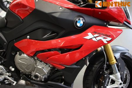 Can canh BMW S1000XR adventure chinh hang tai Viet Nam - Anh 8