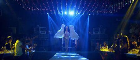 Phim do Ngoc Trinh dong vai chinh tung teaser trailer dau tien - Anh 3