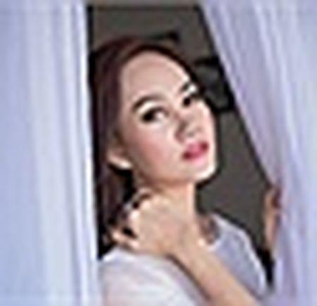 A hau Kim Duyen xinh dep truoc khi du New York Fashion Week - Anh 13