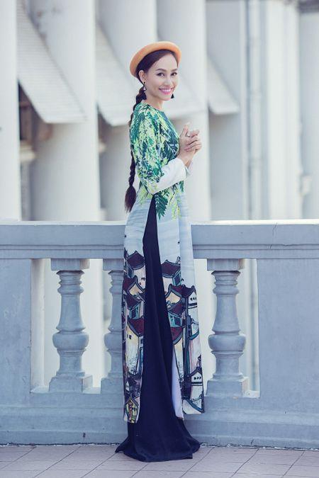 A hau Kim Duyen xinh dep truoc khi du New York Fashion Week - Anh 3