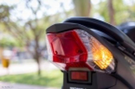 Trai nghiem nhanh Honda Blade 110 2016: xe gia re, thiet ke tot, chay em - Anh 21