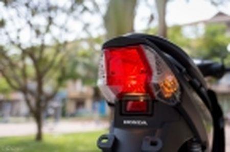Trai nghiem nhanh Honda Blade 110 2016: xe gia re, thiet ke tot, chay em - Anh 45