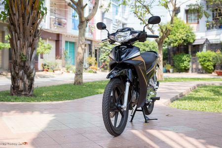 Trai nghiem nhanh Honda Blade 110 2016: xe gia re, thiet ke tot, chay em - Anh 8