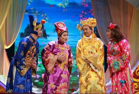 """Trang phuc Tao quan """"len doi"""" the nao qua cac nam? - Anh 15"""