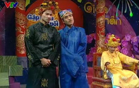 """Trang phuc Tao quan """"len doi"""" the nao qua cac nam? - Anh 5"""