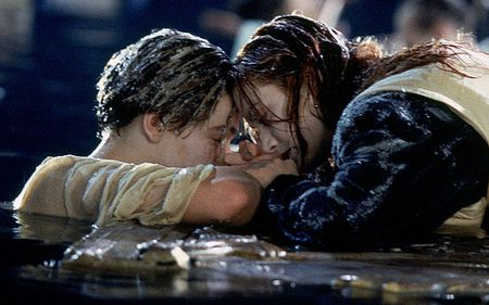 """""""Soc"""" voi su that dang sau canh quay kinh dien trong Titanic - Anh 1"""