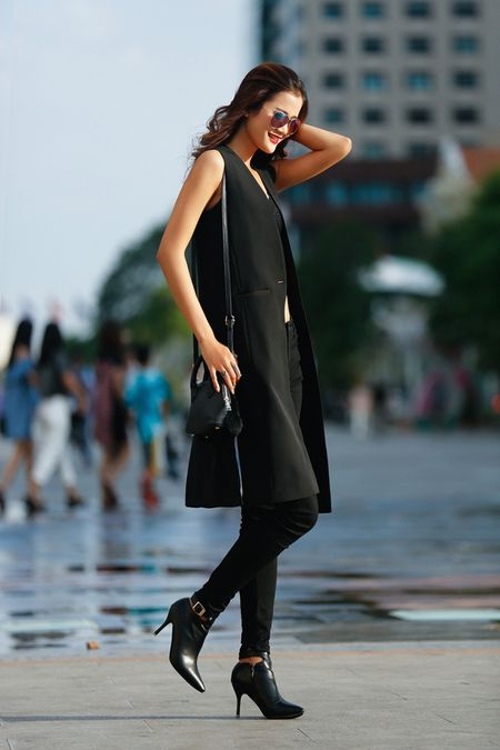 Cha Mi, Huong Ly Next Top Model khoe dang chuan trong bo anh streetstyle - Anh 4