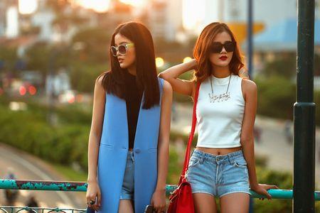 Cha Mi, Huong Ly Next Top Model khoe dang chuan trong bo anh streetstyle - Anh 6