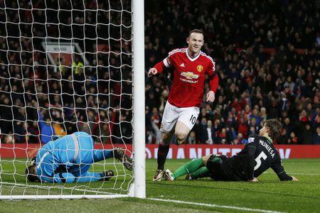 Sao tre lap cong, Man United thang tung bung o Old Trafford - Anh 5
