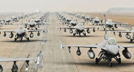 My bat dau thu nghiem radar moi cho tiem kich F-16 nang cap - Anh 1