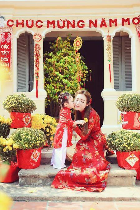 Me con Elly Tran dien ao dai chao xuan nam moi - Anh 4