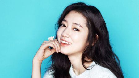 Park Shin Hye mat 8 nam hoc xong dai hoc - Anh 1