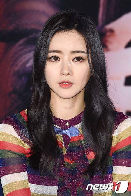 Park Shin Hye mat 8 nam hoc xong dai hoc - Anh 5