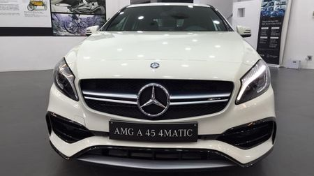 Mercedes-Benz A45 AMG 2016 dau tien ve Viet Nam - Anh 1